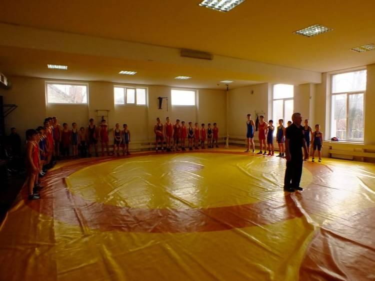Turneul Republican la Lupte libere între copii și cadet din comuna Stăuceni